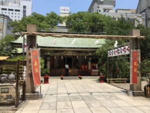露天神社本殿1