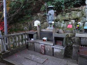 楊谷寺空海銅像