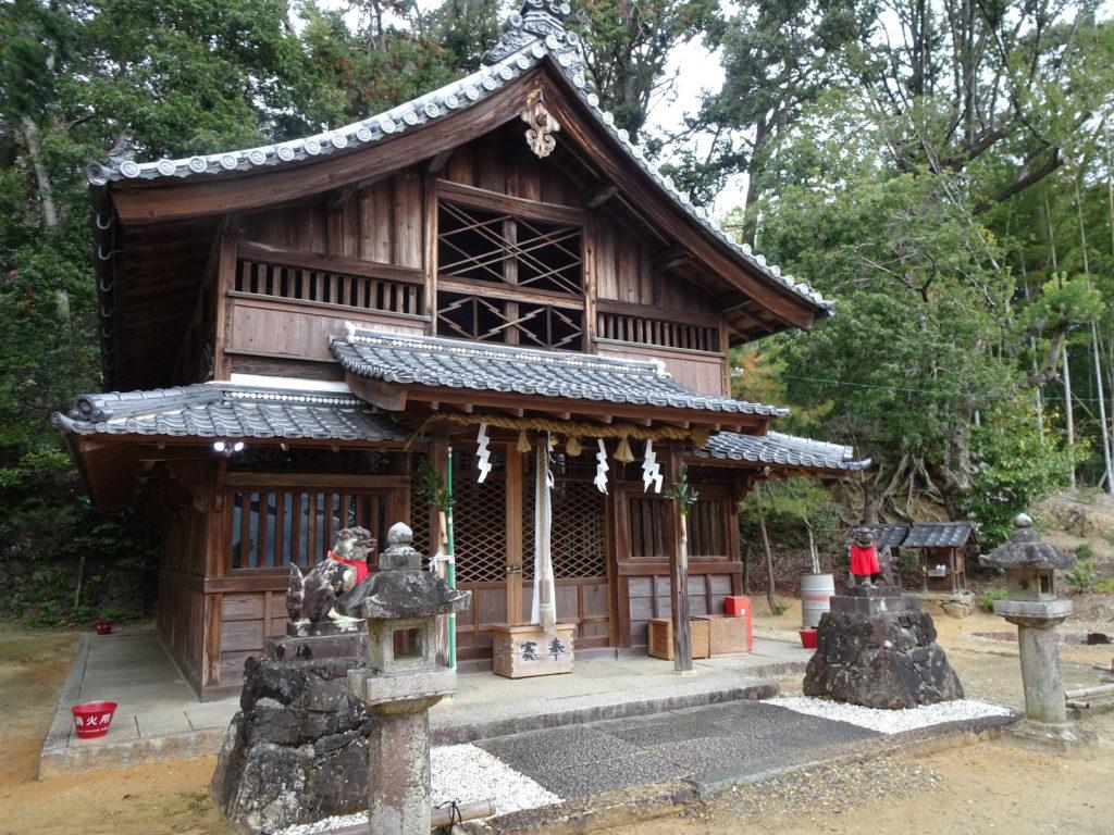 走田神社本殿