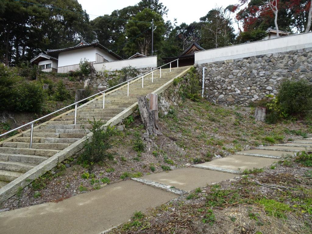 走田神社石階段と合流