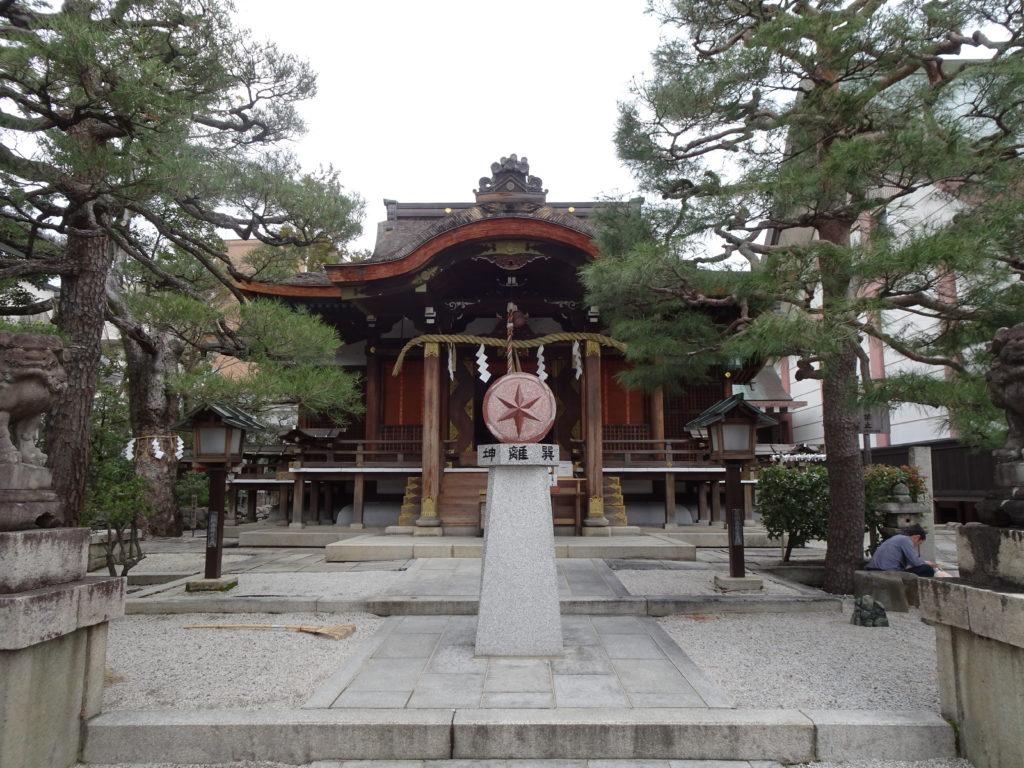 大将軍八神社本殿1