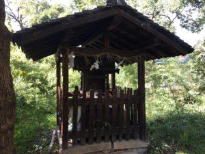 神足神社摂社か古札納所