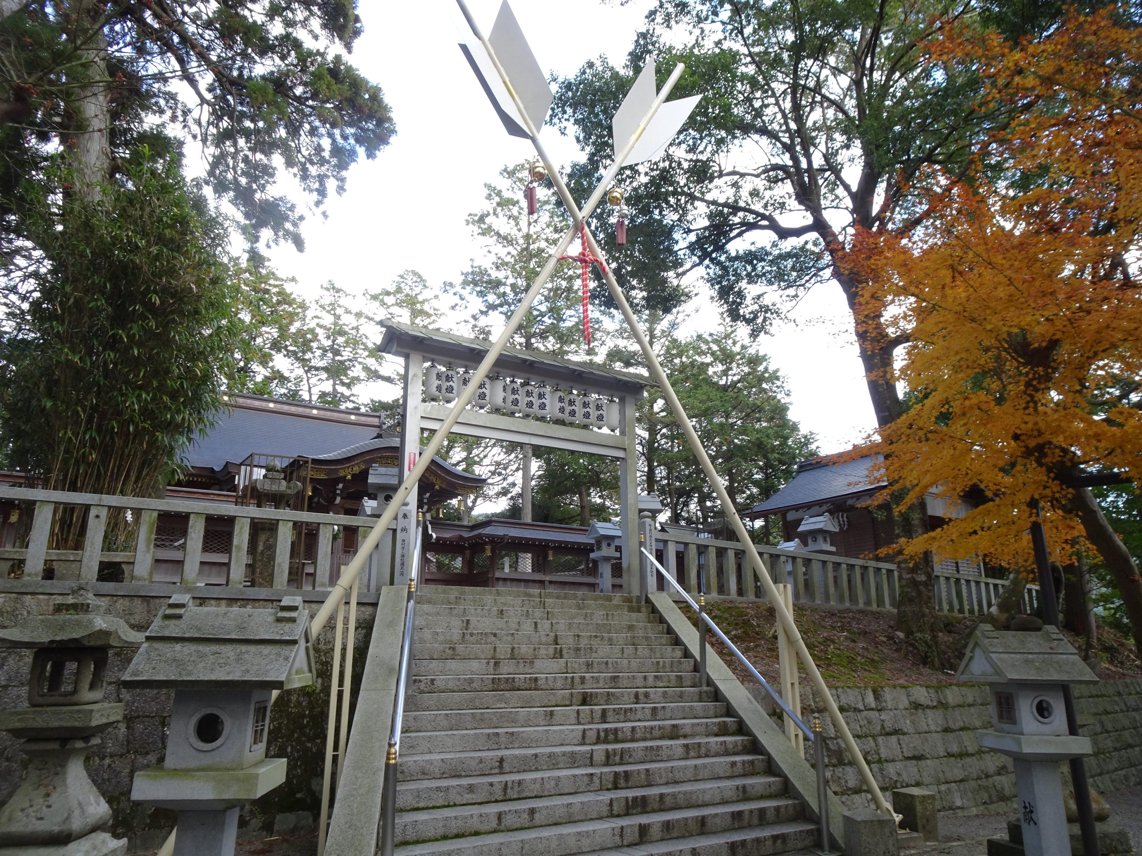 田村神社本殿1