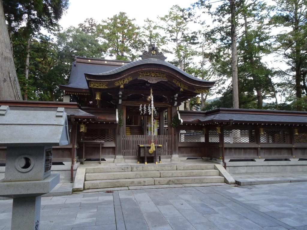 田村神社本殿2