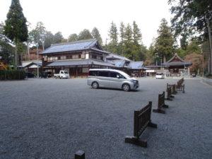 田村神社拝殿前広場2