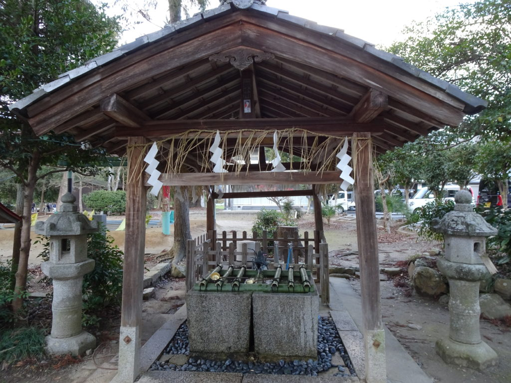 篠村八幡宮手水舎