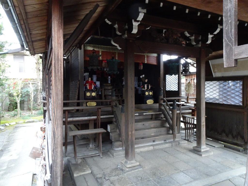 剣神社本殿