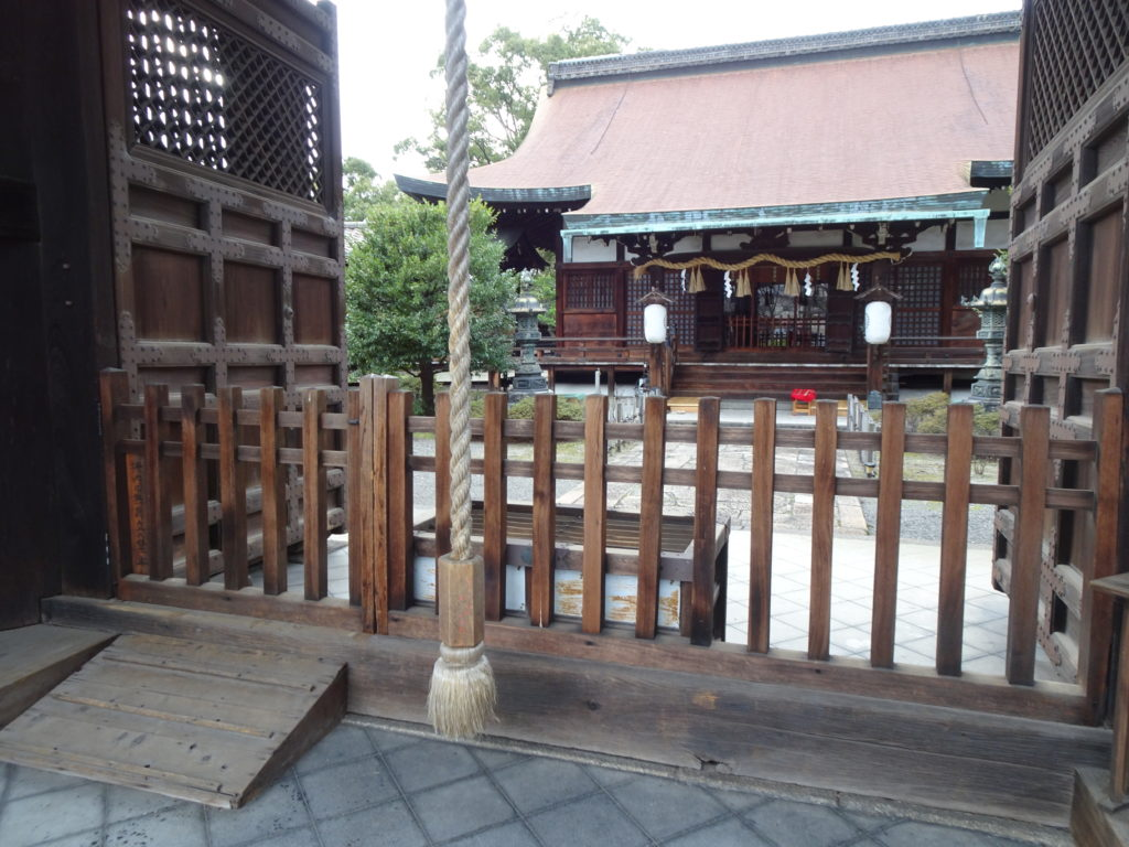 六孫王神社 拝殿2