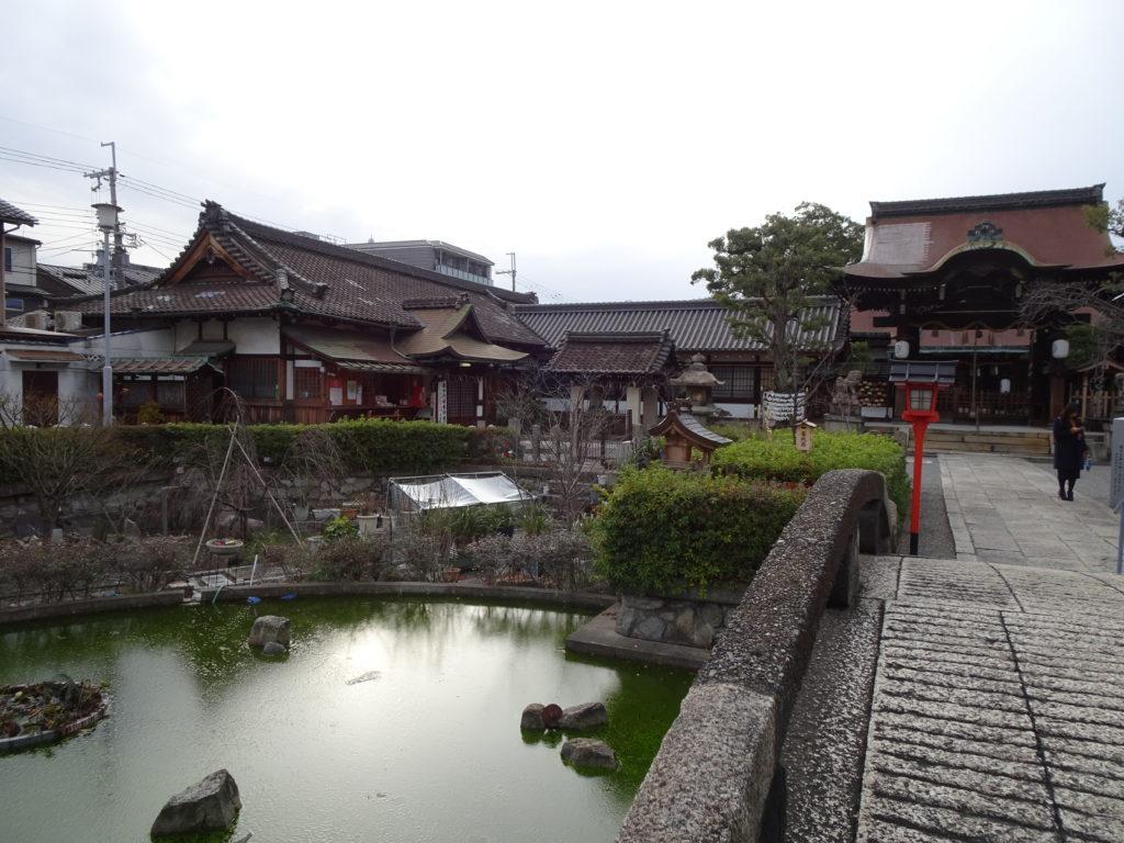 六孫王神社 神龍池1